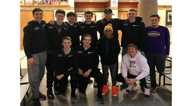 Boys Basketball Team Raises Money for Jaiden from Mansfield
